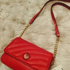 NWT ANNE KLEIN RED QUILTED CHAIN LINK CROSSBODY
